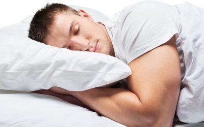 Dormir bien, fundamental para ganar músculo
